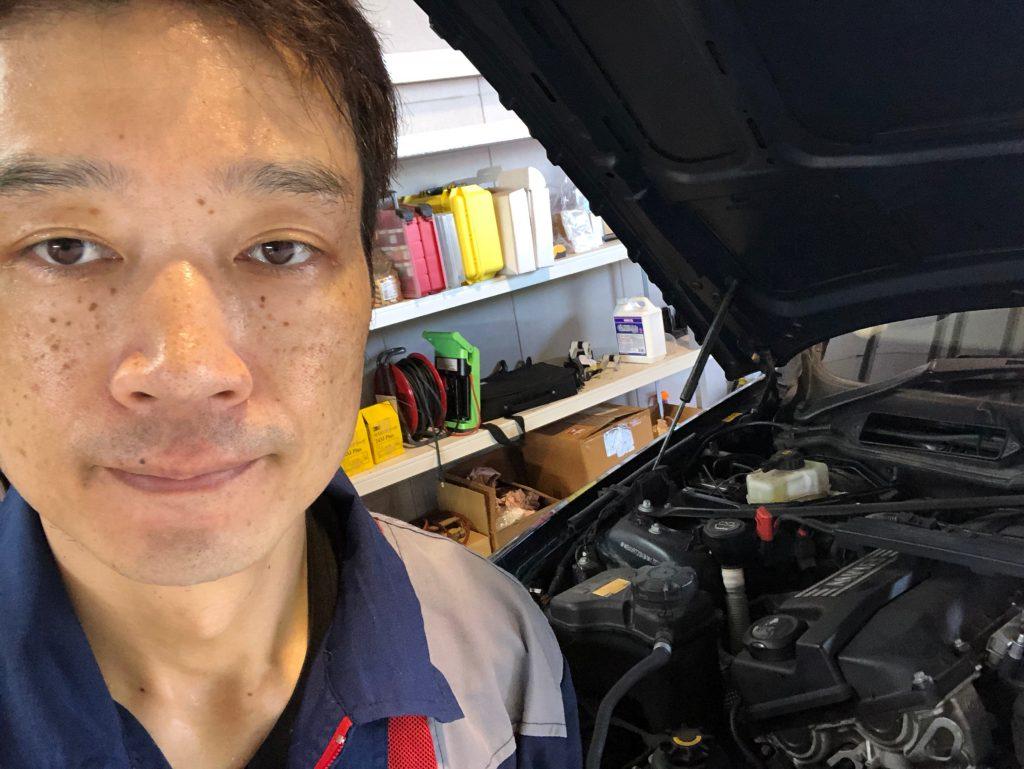 BMW 320 オイル漏れ修理 2018-8-14