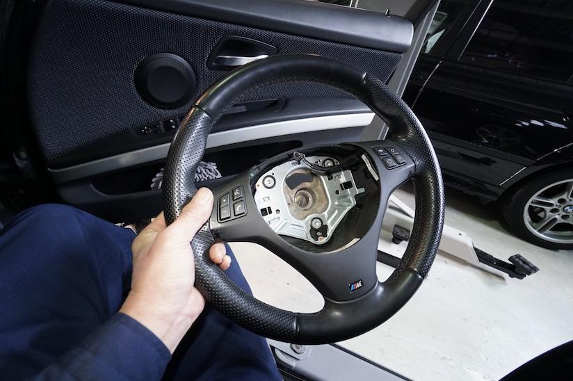 BMW ハンドル